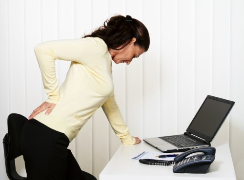 The causes of back pain and what the doctor will help to get rid of them