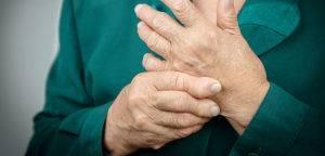 Медикаментозные препараты назначают при воспалительных процессах в суставах