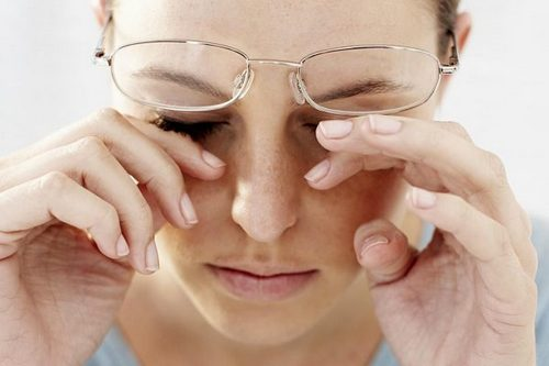 Headache from the glasses causes treatment