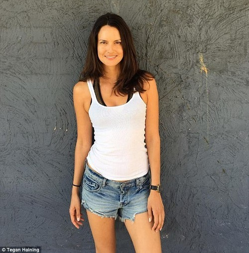 She also recommends eating anti-inflammatory foods such as fermented foods, blueberries and leafy greens