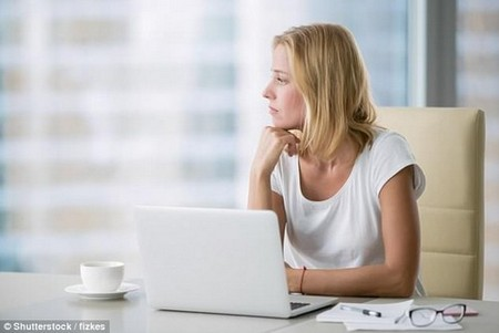 Women start feeling much more insecure about themselves after spending just an hour a day on social media, researchers warn