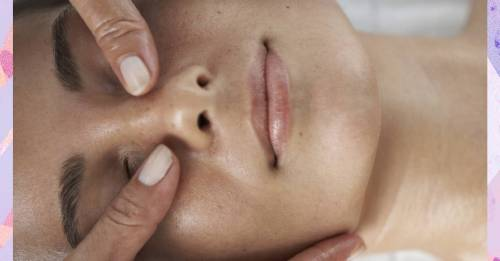 Facial reflexology is the new wellness treatment everyone is raving about for the best skin ever