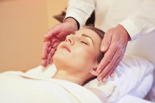 Fighting wrinkles, massage technique