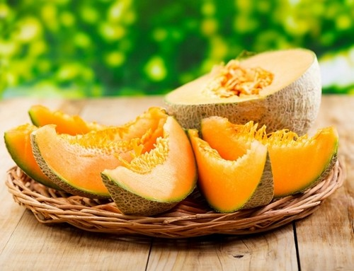 Melon: who should not eat fragrant fruit
