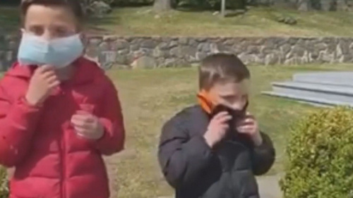 Colorado Parents Urged To Prepare Kids Now For Mask Wearing In Class